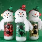 REESE'S Miniatures Snowman Candy Jars